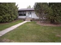 Beautiful Spacious River Heights Home For April 1st