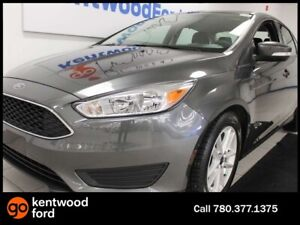 2017 Ford Focus SE FWD with heated seats, heated steering wheel