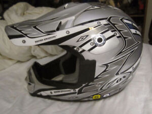"ZOX ""DION DESIGN"" MOTOCROSS HELMET SIZE SMALL"