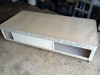 Single bed with storage and mattress free to collector