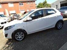 2013 Mazda 2 DE MY13 Neo White 4 Speed Automatic Hatchback Sylvania Sutherland Area Preview