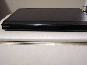 DVP-SR200P/B DVD Player/System-Selector 6-Way Audio / Video