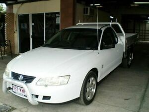 2003 Holden Commodore White Automatic Cab Chassis Woodridge Logan Area Preview