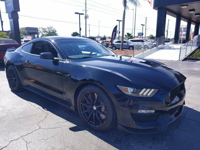 Image 3 Voiture American used Ford Mustang 2017