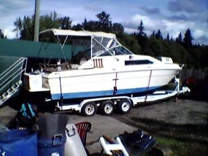 26 foot Sea Ray boat for sale