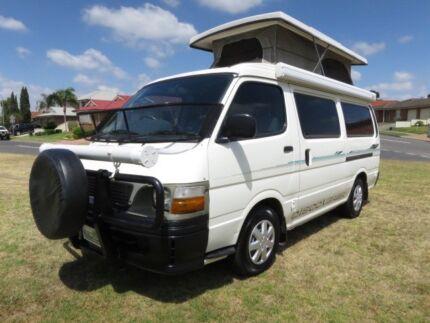 Toyota Hiace Campervan – AUTO – 5 SEATS