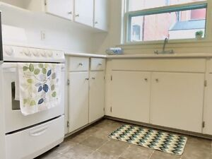 FANTASTIC 2 BEDROOM NEAR NSCC WATERFRONT FOR JULY!!