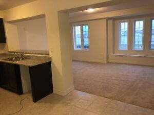 Newly constructed 3BR 2.5WR 2LR Rent at Brampton Mt Pleasant Go