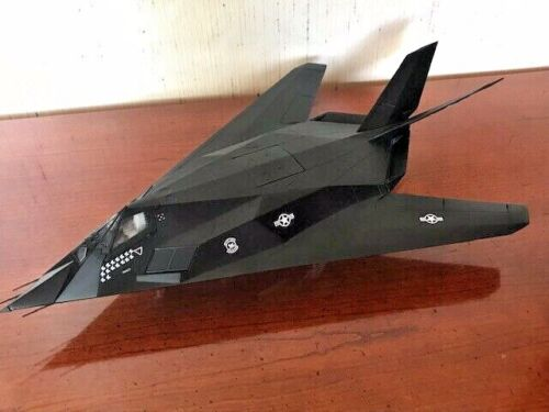 U.S. Air Force F-117 Stealth 1:48 Die-cast Model Armour Collection