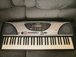Yamaha PSR-240  61-Key (Full Size Key) Portable Music  Keyboard