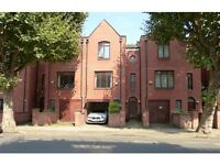 5 bedroom house in Castellain Road, Maida Hill, London, W9