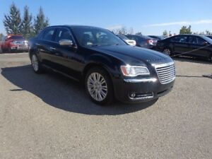 2014 Chrysler 300C 5.7 L V8 All-wheel Drive