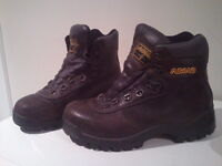 Asolo waterproof leather hiking boots (Men's 7 1/2)