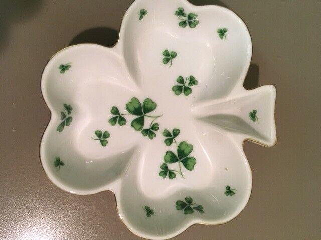 Handpainted trinket dish by Lefton China Irish clover design