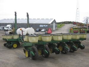 John Deere 7000 Planter Cambridge Kitchener Area image 4