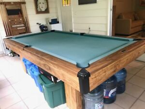 Brunswick Bristol II 4 X8 Pool Table, accessories and games