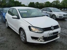 09-14 VW POLO MK8 6R 1.2 PETROL CGPB 5 DOOR IN WHITE FOR BREAKING ONLY FOR PARTS ONLY