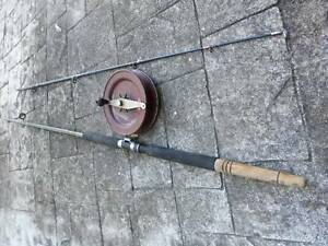 Alvey reel and old rod Mount Coolum Maroochydore Area Preview