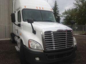 Call Syed for 2013 Freightliner Cascadia 70'double bunk