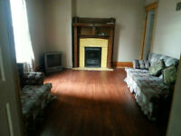 Two Bedroom Apartment, Trent University Bus Route, All Inclusive
