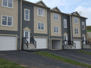 Brand New 3 Bedroom Townhouse in Fescue Court