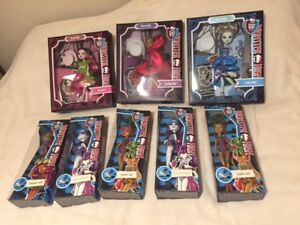 NEW DOLLS - Monster High and Ever after High