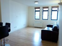 2 bedroom flat in Kilburn High Road, Kilburn, London, NW6