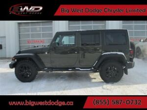 2015 Jeep Wrangler Unlimited Willy's Wheeler w/ Gold Plan