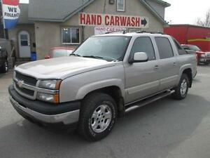 2006 CHEVROLET AVALANCHE // LEATHER // 4X4 // DVD // WARRANTY