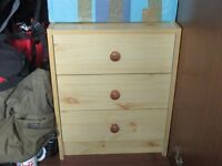 CHEST OF DRAWERS / BEDSIDE to pick up very good condition.