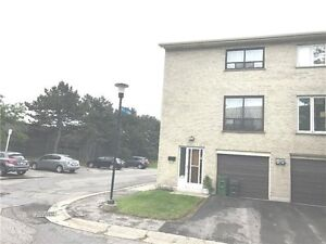 3-Bdrm Condo In Fantastic Location!! Steps to Subway !!