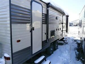 2017 FOREST RIVER GREY WOLF LIMITED 23DBH! BUNKS, SLIDE! $24495! London Ontario image 5
