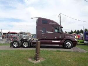 2009 FREIGHTLINER COLUMBIA, CLEAN & WELL MAINTAINED Kitchener / Waterloo Kitchener Area image 4