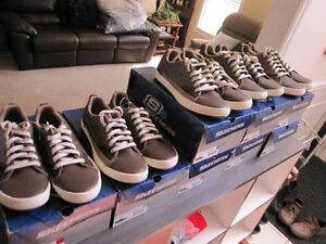 Sketchers Running Shoes, 8 1/2,9 1/2,,11 & 13, BNIB