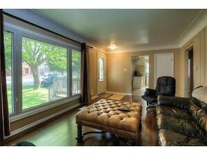 ATT: FIRST TIME BUYERS/ INVESTORS! Great starter for all. Kitchener / Waterloo Kitchener Area image 3