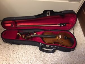 VIOLIN OUTFIT -- 1/8 size