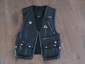 Veste moto tout cuir pour femme. Usagé. Ladies of Harley