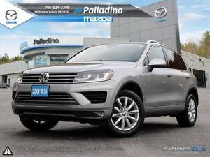 2015 Volkswagen Touareg V6 - PANORAMIC ROOF - PARKING SENSORS -