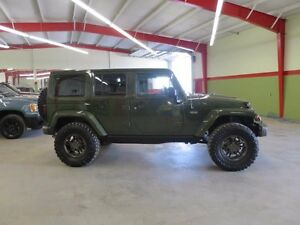2016 Jeep Wrangler Unlimited Sahara 4x4 Unlimited pwr Everything
