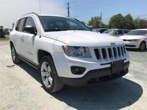 2013 Jeep Compass SPORT 4X4 , AUTOMATIC! EASY TO FINANCE IT!