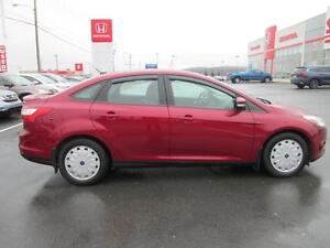 2013 Ford Focus SE   (REDUCED) St. John's Newfoundland image 6