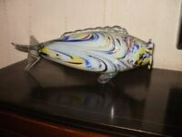 a retro collectable glass fish cerca1960s/70s and of the period good condition