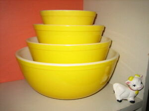 Vintage Pyrex - All Yellow Mixers