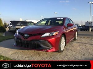 2018 Toyota Camry Hybrid XLE Text 403.894.7645