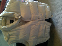 Women's Size M Down Filled Off White Vest; Great Condition!!