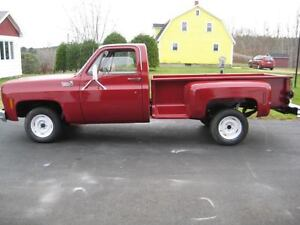 For Sale: 1975 Chev 1/2 ton Stepside box