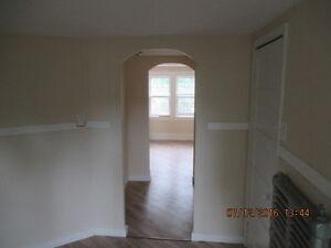 Dollard Boulevard - 1 Bedroom House for Rent