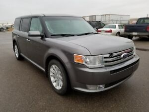 2010 Ford Flex SEL (Remote Start, Heated Seats, Tow Package)