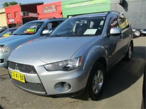 2010 Mitsubishi Outlander ZH MY11 LS (FWD) Silver 5 Speed Manual Wagon Camden Camden Area Preview