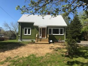 Lunenburg, Fully Renovated. Walk to all Amenities
